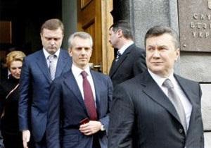 Опозиція звинувачує СБУ в переслідуваннях