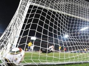 Введення відеоповторів FIFA обговорить у жовтні