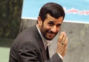 США выяснят по каналам спецслужб, было ли покушение на Ахмадинеджада