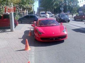 СМИ: Дарио Срна приобрел новейшую модель Ferrari