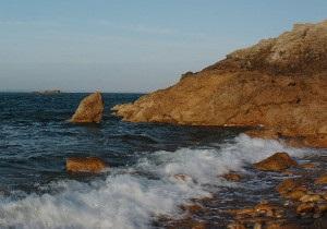 Українська служба Бі-бі-сі: Крим. Квитки, кортежі і пляжі