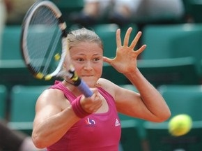 Стенфорд WTA: Сафіна поступається у першому раунді