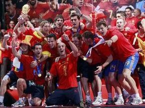 Испания сыграет с Аргентиной
