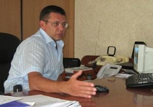 Черкаські чиновники на іспитах з української
