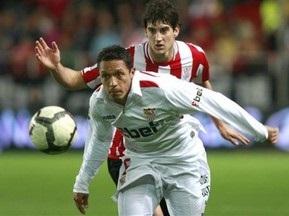 Барселона придбала півзахисника Севільї