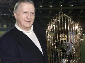 В возрасте восьмидесяти лет скончался владелец Нью-Йорк Янкиз