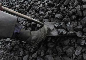 Ъ: Компания Ахметова получит уголь двух государственных шахт