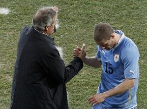 Табарес продолжит работу со сборной Уругвая