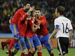 Фотогалерея: Конец немецкой сказки. Испания дебютирует в финале