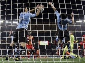 Стекеленбург назвав Суареса кращим голкіпером ЧС-2010