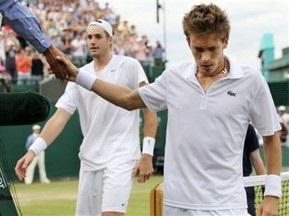 Николя Майю передал свою ракетку в зал теннисной славы