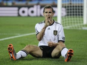 Клозе будет выступать за сборную до Евро-2012