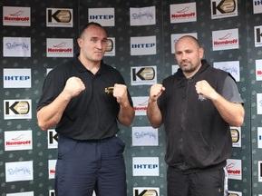 Устинов и Видоц провели открытую тренировку в Одессе