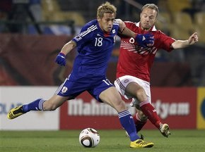 Япония побеждает Данию и выходит в 1/8 финала