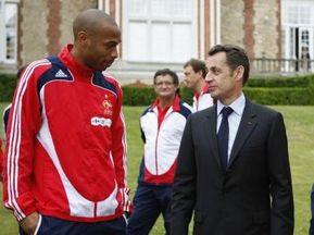 Саркозі обговорить з Анрі проблеми збірної Франції