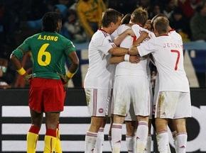 Фотогалерея: Скандинавы огорчили Львов. Дания отцепляет Камерун