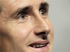 ЗМІ: Баварія може поміняти Клозе на Хунтелара