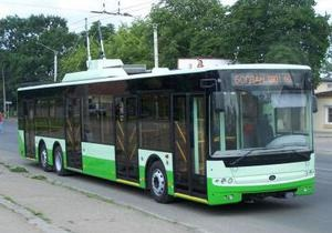 Ъ: Крым намерен купить 100 троллейбусов Богдан