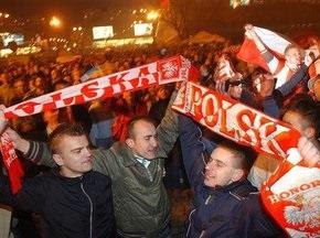 Кожен третій житель Польщі впевнений, що їхня збірна грає на ЧС-2010