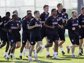 Арбитры ЧМ-2010 учат ругательства на английском. FIFA все опровергает