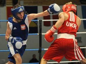 На Чемпіонаті Європи з боксу продовжують боротьбу шестеро українців