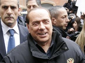 Сильвіо Берлусконі вважає, що він міг би тренувати Мілан
