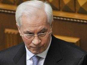 Азаров придумав, як зробити дешевими квитки на Євро-2012