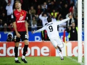 Примера: Роналдо ведет Реал за Барселоной