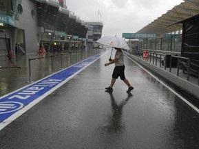 FIA может перенести квалификацию Гран-при Малайзии на воскресенье