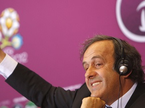 Платини намерен остаться на второй срок на посту президента УЕФА