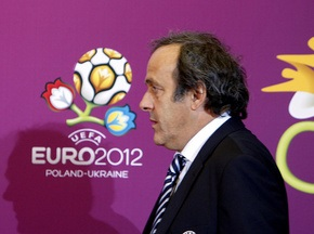 В УЕФА уверены, что Украина и Польша успеют подготовиться к Евро-2012