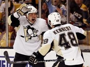 NHL: Передачи Поникаровского и Федотенко не спасли Питтсбург от домашнего поражения