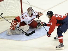 NHL: Вашингтон в овертайме дожал Каролину