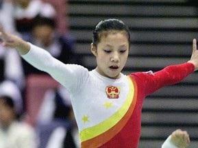 У китайської гімнастки відберуть бронзу Олімпіади-2000 за обман