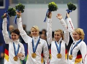 Конькобежки из Германии завоевали золото Ванкувера