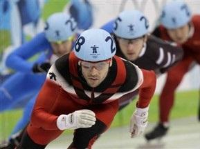 Шорт-трек: Канадец первый в квалификации