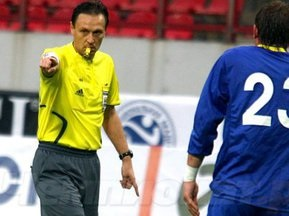 УЕФА дисквалифицировал украинского арбитра