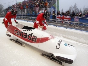 Бобслей: Канада лидирует