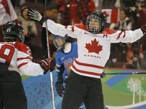 Хоккей: Сборная Канады громит финнок