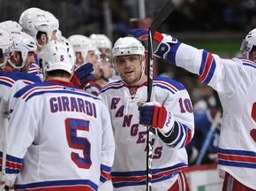 NHL: Приборкувачі Лавин