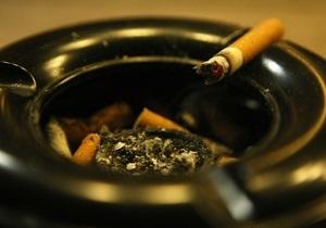 Корреспондент: Число запеклих курців в Україні падає