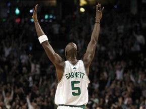 NBA: Гарнетт тріумфально повернувся в гру