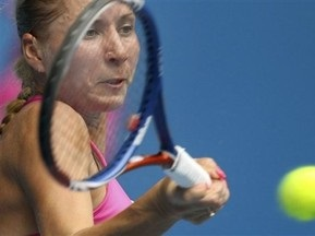 Олена Бондаренко перемагає Янкович
