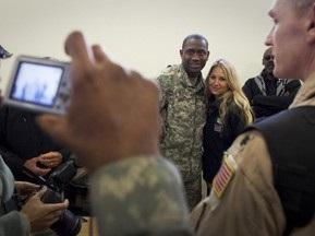 Анна Курникова відвідала військову базу США в Іраку