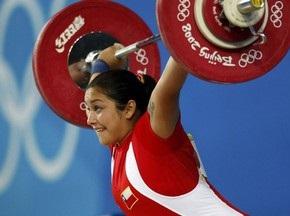 Чилийская штангистка родила на тренировке неожиданно для самой себя