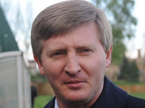 Ринат Ахметов согласен платить новому тренеру сборной