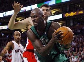 NBA: Селтикс побеждают Торонто