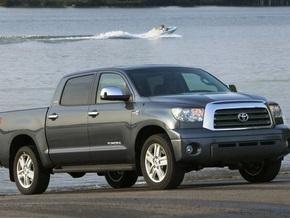 Toyota отзывает 110 тысяч грузовиков Tundra
