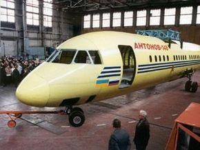 Над производством Ан-148 работают 126 российских предприятий
