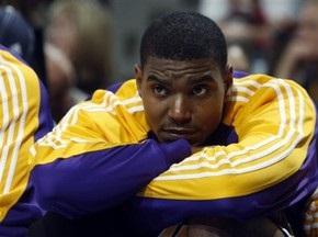 NBA: Денвер громит Лейкерс, Бостон уступает